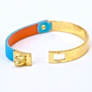 Marc By Marc Jacobs Jewelry - MARC JACOBS~turnlock~LEATHER BRACELET~BLUE/GOLD